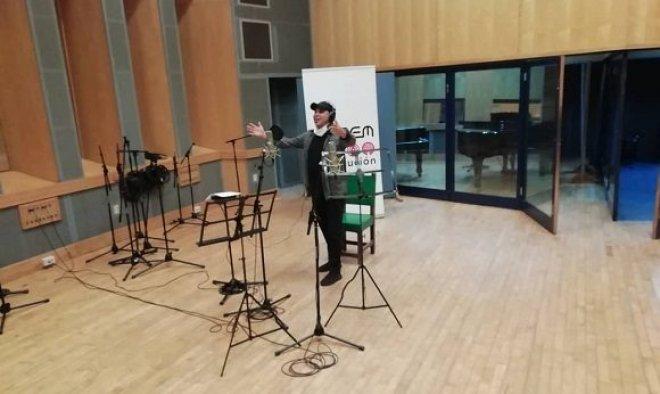 Vivir para vencer: Canción de Arnaldo y su Talismán por el Primero de Mayo